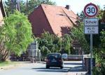 Testweise Tempo 30 vor Ribbesbütteler Schule